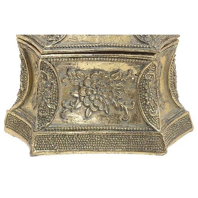 Cutie-bijuterii-aspect-antic-detalii-design