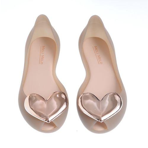 Pantofi turnati, cu inima aurie