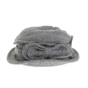 Palarie din lana gri