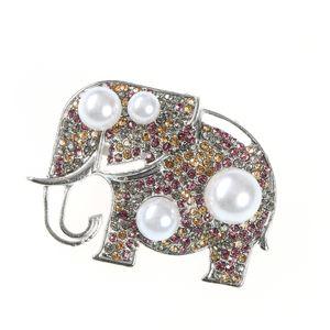 Brosa elefant cu bile albe