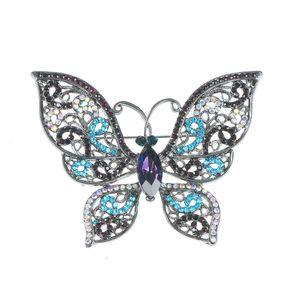 Martisor fluture turcoaz