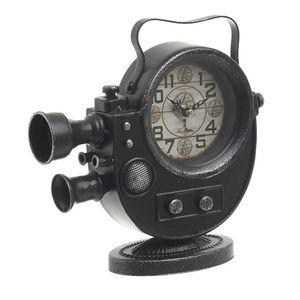 Ceas decorativ in forma aparat de filmat