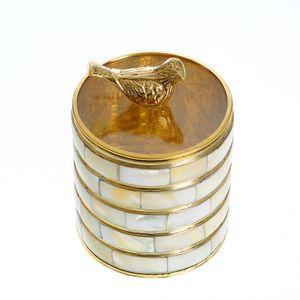 Decoratiune cutie depozitare din metal