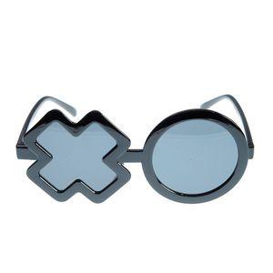 Ochelari de soare negri cu lentile diferite