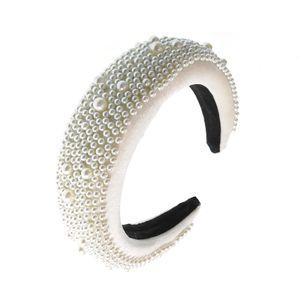 Bentita lata cu perle acrilice albe