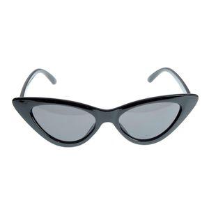 Ochelari de soare negri cu forma alungita