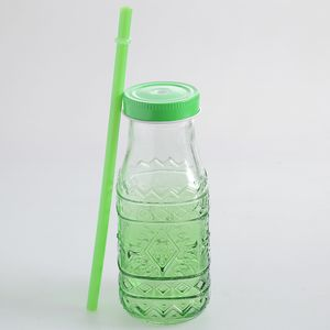 Sticla verde cu capac si pai