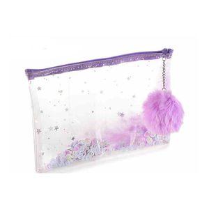 Geanta transparenta de cosmetice cu  puf mov