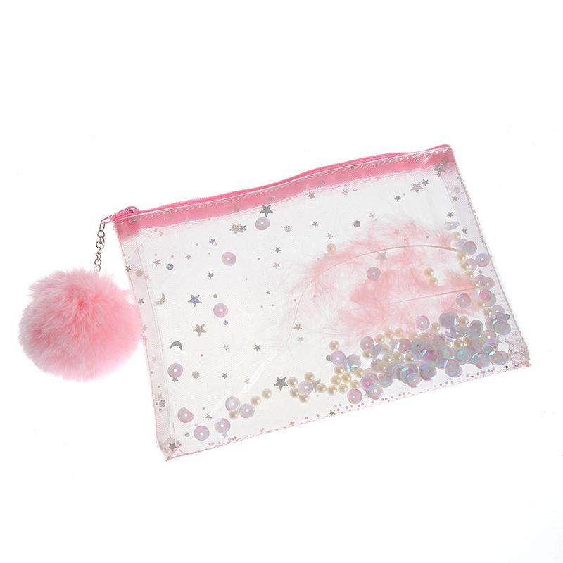 portfard-roz-cu-pompon