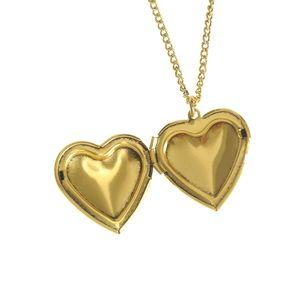 Colier auriu cu pandantiv inima