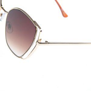 Ochelari de soare cu rama metalica aurie