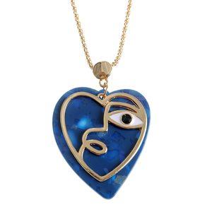 Colier auriu cu pandantiv inimi