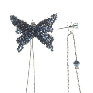 Cercei lungi cu fluture albastru