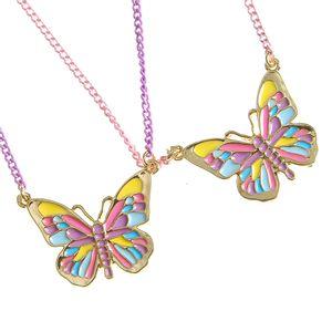 Set 2 coliere cu fluturi multicolori