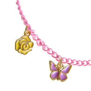 Bratara roz cu pandantiv fluture
